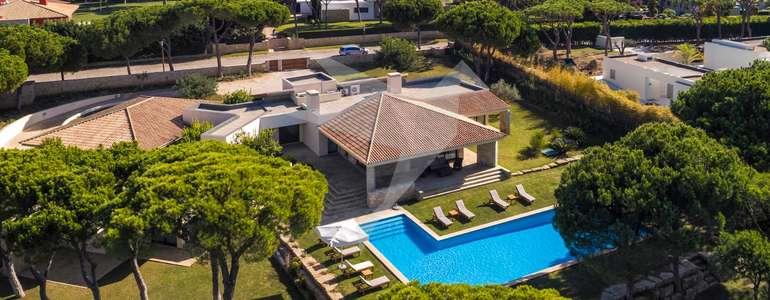 Villa Pine