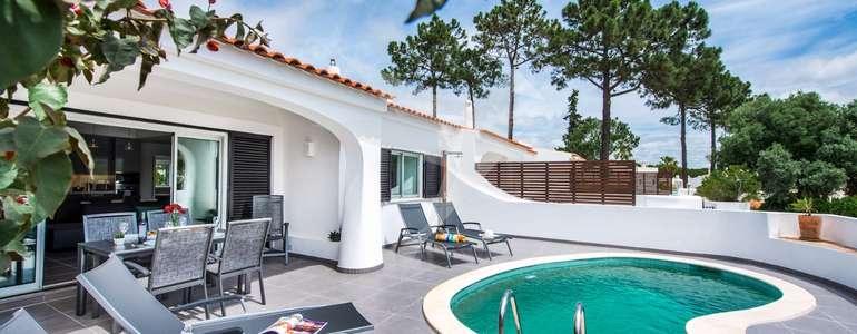 Casa Lily - Exterior pool area